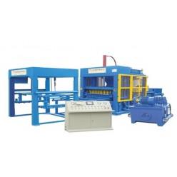 Автоматическая машина по формовке бетонных блоков QT7-25